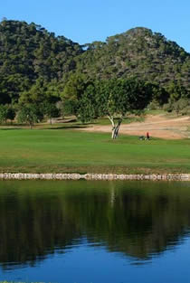 Hole 8 at Vall d'Or Golf